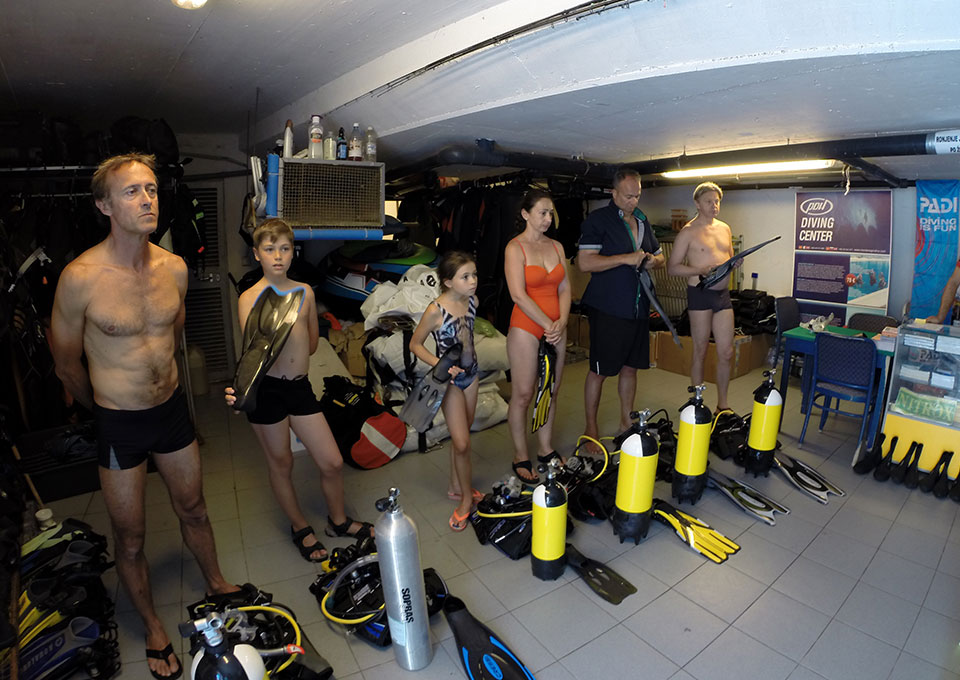 montenegro diving-renting and servicing scuba dive gear